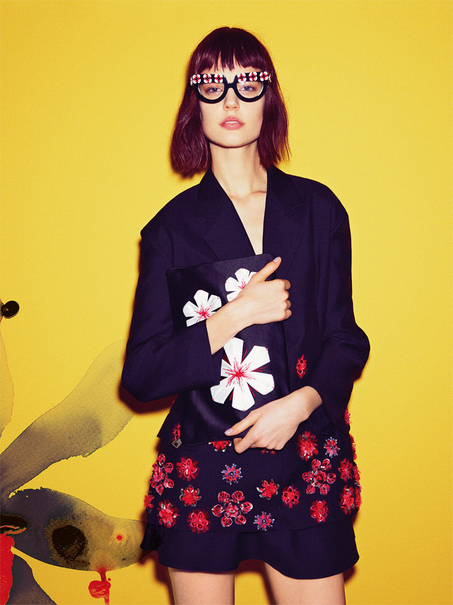 Flowers Vogue Russia | itfashion.com