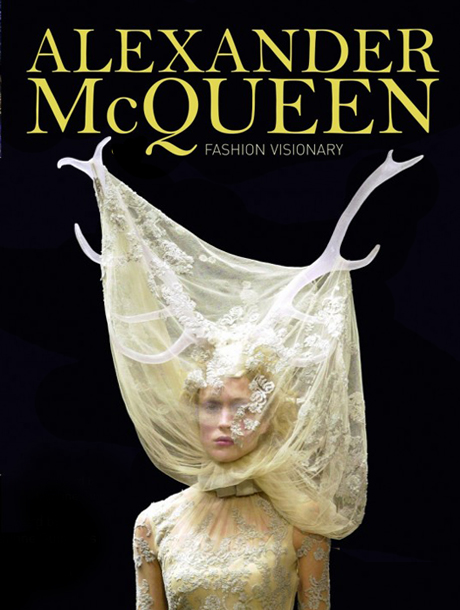 "La retrospectiva de ""Alexander McQueen: Fashion Visionary"" 