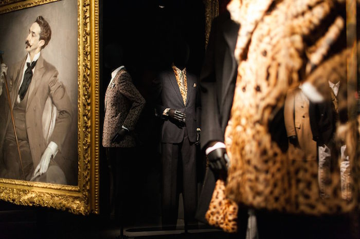 """Inspirations"" de Dries Van Noten llega en el MoMu 