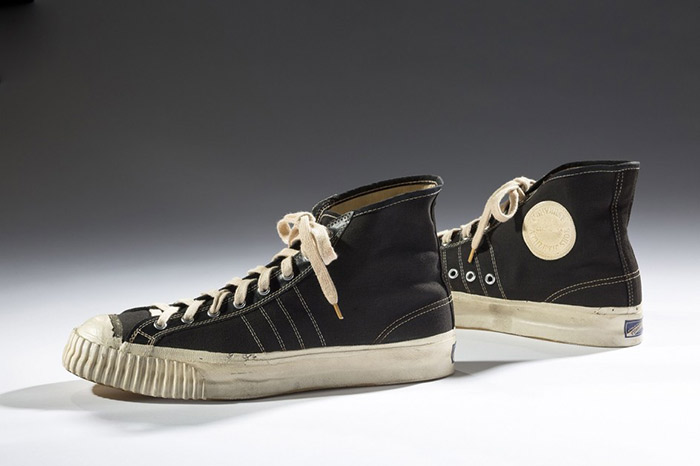 converse-senakers-1-expo