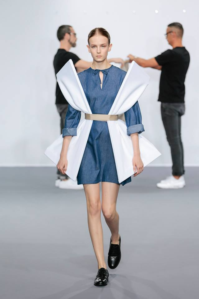 viktor_and_rolf_05