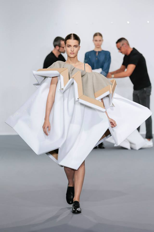 viktor_and_rolf_08