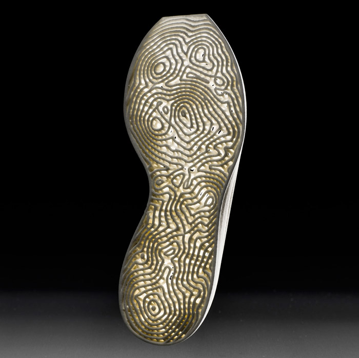 New-Balance_Nervous-System_3D-printed-personalised-trainer-soles_dezeen_936_4