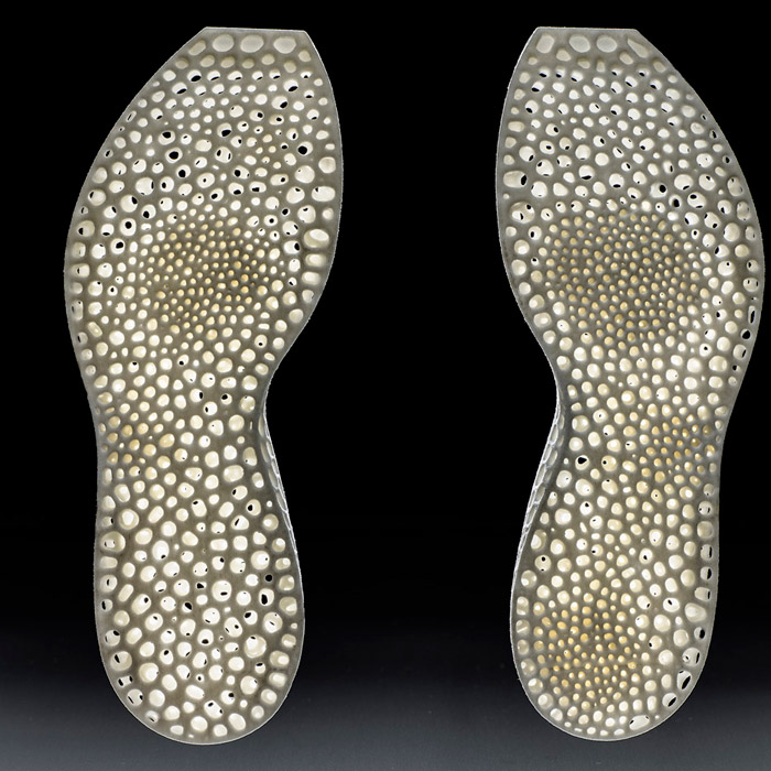 New-Balance_Nervous-System_3D-printed-personalised-trainer-soles_dezeen_936_6