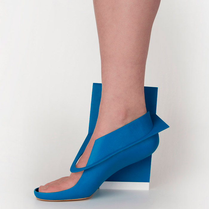 Blue-panel-shoe_Marloes-ten-Bhomer-2