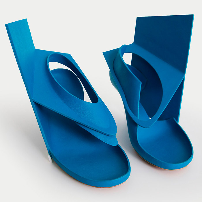Blue-panel-shoe_Marloes-ten-Bhomer-3