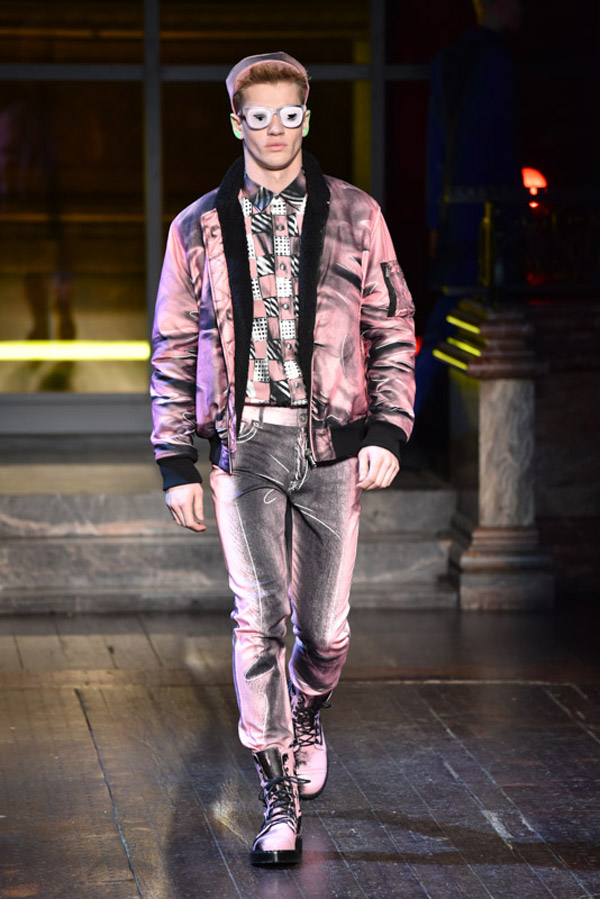 LCM-AW16-Moschino-Krisztian-Pinter-The-Upcoming-11