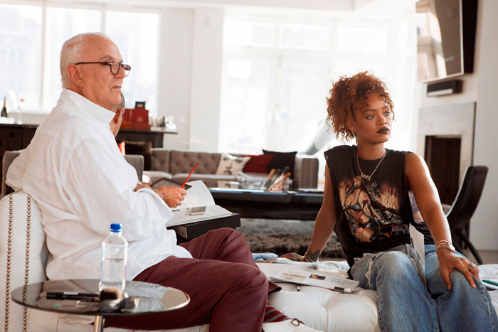Manolo-Blahnik-Rihanna-2-Vogue-4March16-Dennis-Leupold_b