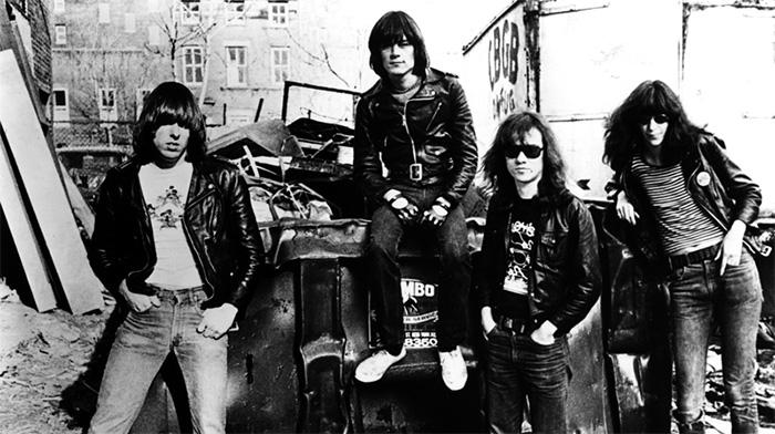 Photo-Ramones-SireWarner-Bros-Records-2-Photographed-By-Danny-Fields-e1454595010565
