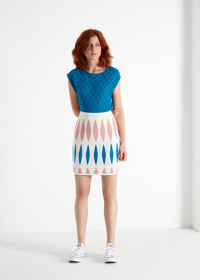 ROYAL_CABALLITO_Lake_tee_and_Maritime_skirt