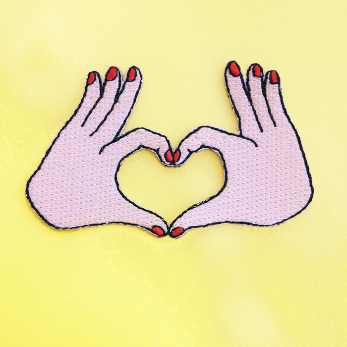 patch-love-jaune-1024x1024