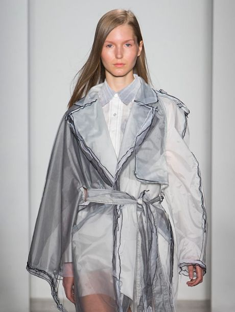 alex-huang-parsons-school-design-mfa-graduate-fashion-2016_dezeen_sq-936x936_opt