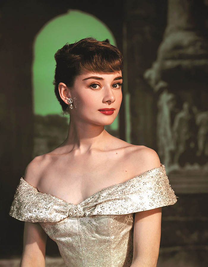hbz-audrey-hepburn-50s-roman-holiday-1953-courtesy-of-the-authors-collection