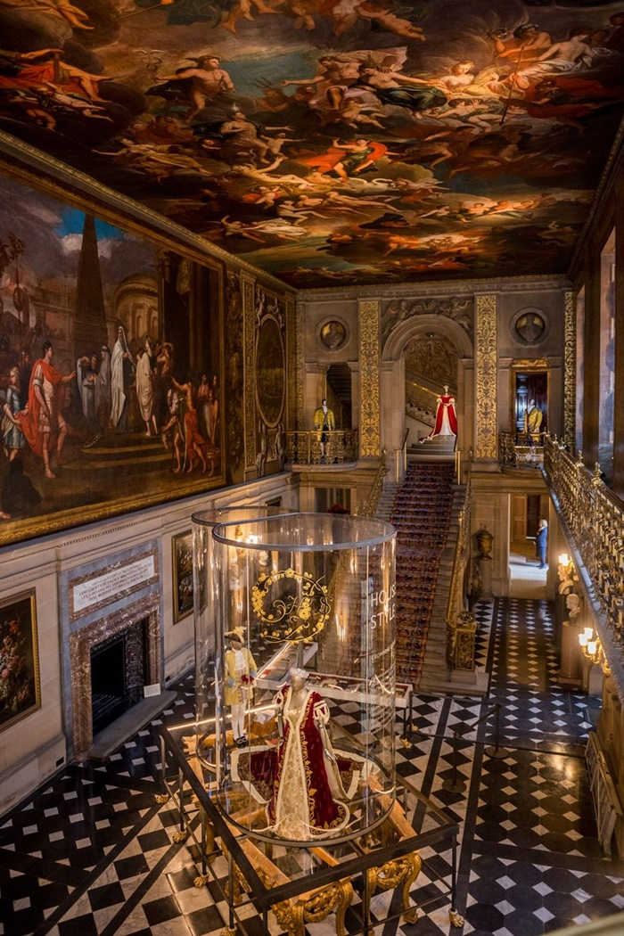 CREDIT CHATSWORTH HOUSE TRUST 13