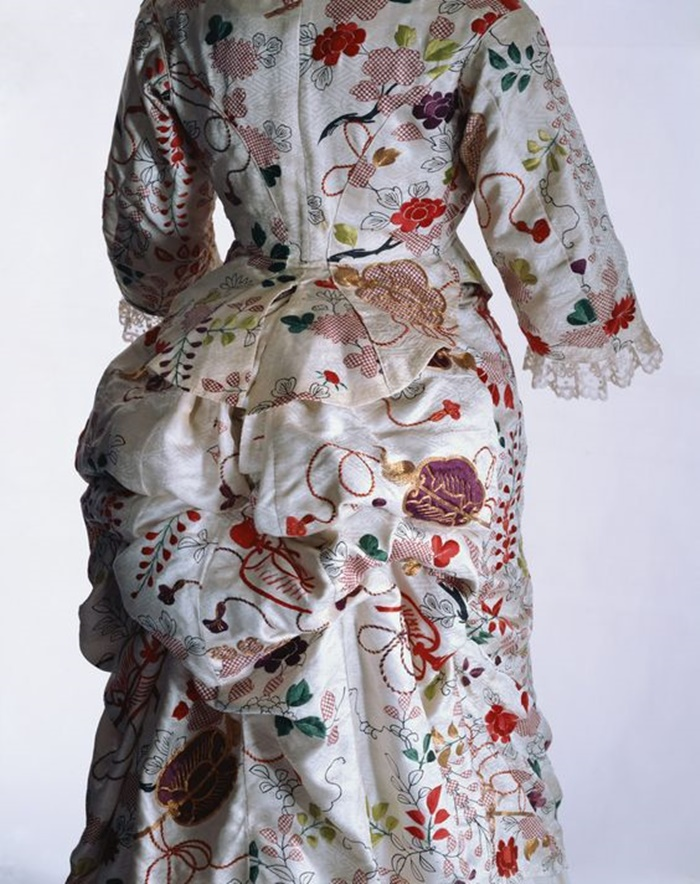 tuner dress 1870 Kyoto Costume Institute