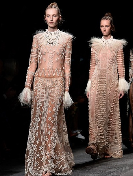 valentino-aw16-paris-fashion-week-live-stream-cover