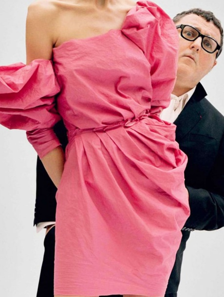 Alber-Elbaz-interview-Vanity-Fair-january-2010-editorial-photo-by-Tim-Walker[5]