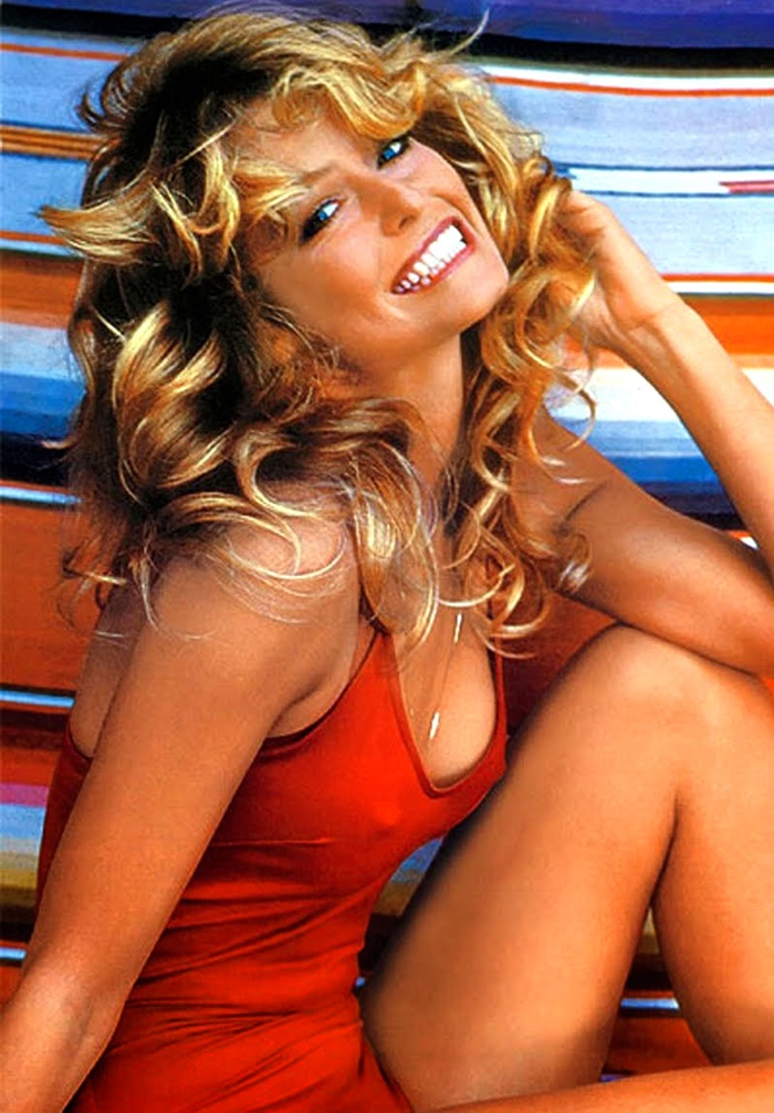 Farrah-Fawcett-Poster-Red-Bathing-Suit-1976