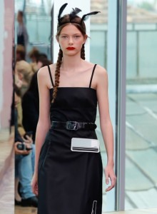Prada-cruise-2018-fashion-show-the-impression-03