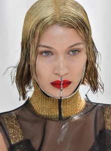 Bella-Hadid-Margiela-Couture-Fall-2017-RTW-Getty