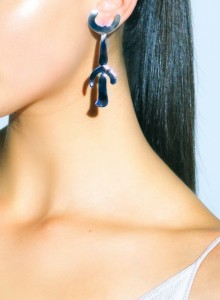 miro_lookbook_personnage_earrings