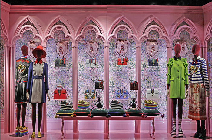 Escaparate de Gucci premiado en los WindowsWear Awards.