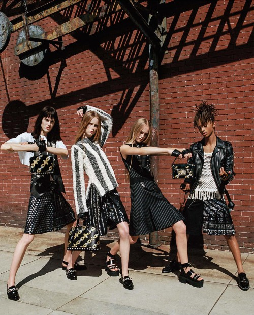 fernanda-ly-jaden-smith-jean-campbell-rianne-van-rompaey-sarah-brannon-by-bruce-weber-juergen-teller-for-louis-vuitton-spring-summer-2016-13